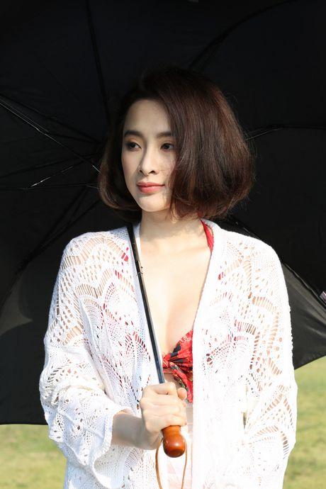 Angela Phuong Trinh khoe dang voi bikini o dao Tuan Chau - Anh 4
