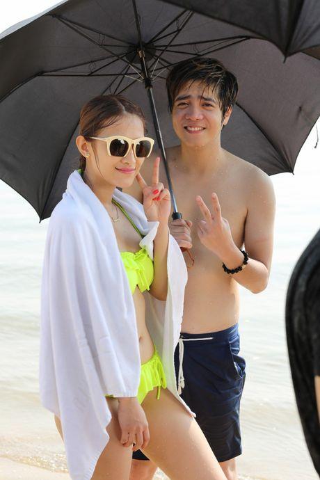 Angela Phuong Trinh khoe dang voi bikini o dao Tuan Chau - Anh 6
