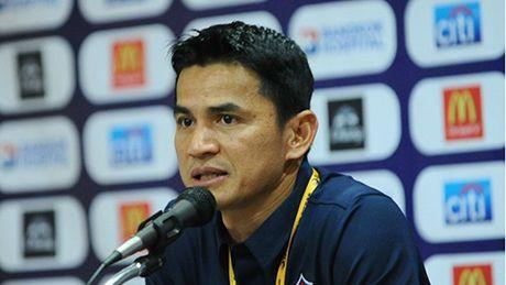 HLV Kiatisak phu nhan hen Indonesia o chung ket - Anh 1