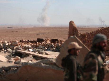 Lanh dao ton giao cua IS bi ban chet o Raqqa, Syria - Anh 1