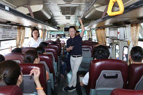 Kim Ly, Hoang Bach hanh dong 'Vi nhung nguoi phu nu quanh ta' - Anh 7