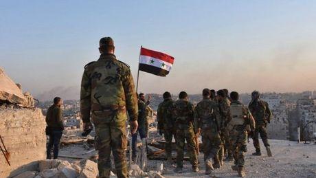Phe doi lap Syria: 'Mat Aleppo khong co nghia la cuoc chien chong ong al-Assad ket thuc' - Anh 1
