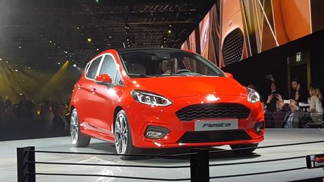 Ford Fiesta 2017 ra mat voi hang loat cai tien moi - Anh 3