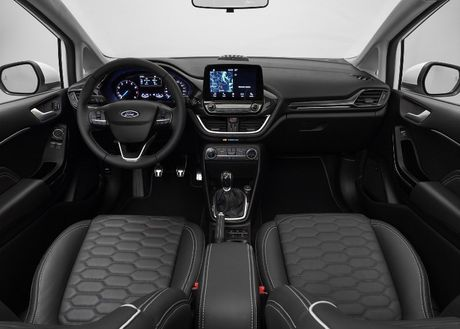 Ford Fiesta 2017 ra mat voi hang loat cai tien moi - Anh 6