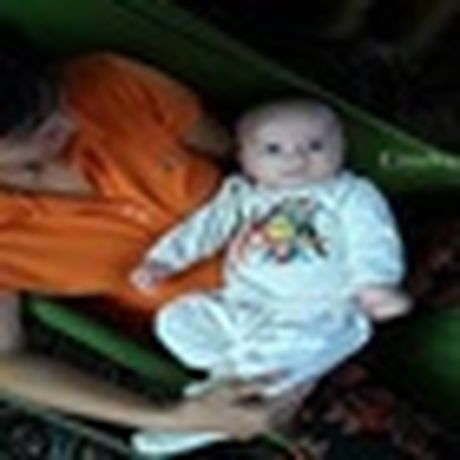 Be so sinh nang 4,2 kg bi bo roi gan cong chua - Anh 4
