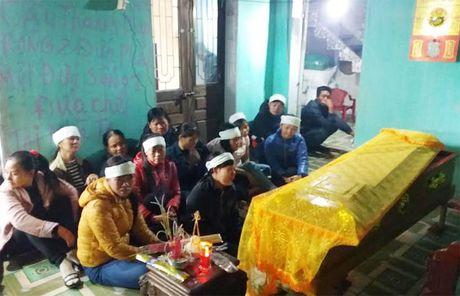 2 vo chong chet bat thuong: Chong tung ao tuong vo co nhan tinh - Anh 1