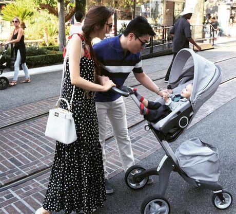Kieu nu TVB cung chong ty phu mung sinh nhat o My - Anh 4