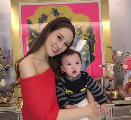Kieu nu TVB cung chong ty phu mung sinh nhat o My - Anh 5