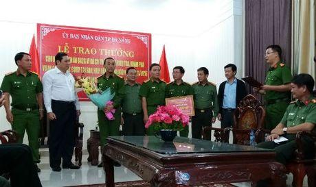Da Nang: Thuong nong Ban chuyen an pha vu hiep dam, giet nguoi va cuop tai san - Anh 1