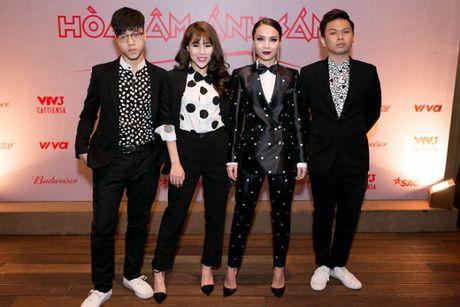 Dan sao 'khung' hao hung ra mat The Remix New Generation 2017 - Anh 2