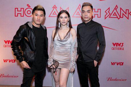 Dan sao 'khung' hao hung ra mat The Remix New Generation 2017 - Anh 3