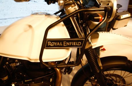Mo to co dien Royal Enfield Himalaya co gia 5.207 USD - Anh 5