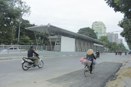 Can canh tuyen buyt nhanh BRT sap dua vao hoat dong o Ha Noi - Anh 2