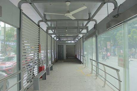 Can canh tuyen buyt nhanh BRT sap dua vao hoat dong o Ha Noi - Anh 4