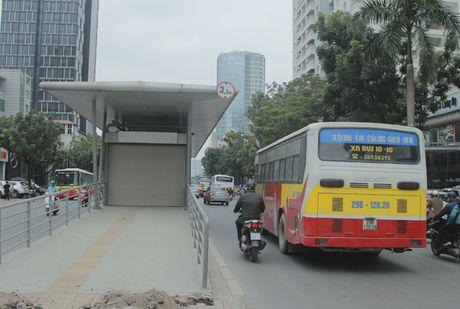 Can canh tuyen buyt nhanh BRT sap dua vao hoat dong o Ha Noi - Anh 7