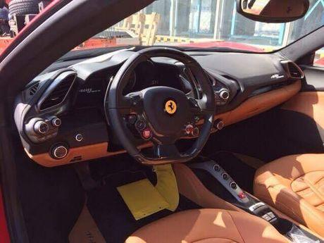 Ro tin don 'sieu ngua' Ferrari 488 Spider chuan bi cap ben Viet Nam - Anh 4