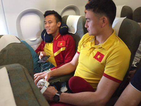 Tuyen Viet Nam so hai khi may bay chao dao gan 10 phut - Anh 1