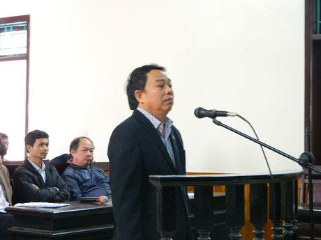 Nguyen Chu tich huyen Ky Anh keu oan khi lam that thoat 10 ti - Anh 1