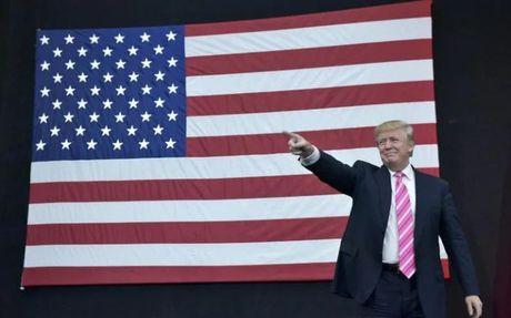 Ong Trump doa bo tu nguoi dot co My - Anh 1