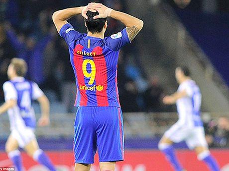Barca mat 12 diem sau 13 vong dau: Luis Enrique trong con tung quan - Anh 1