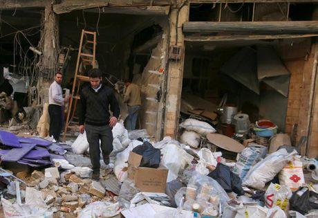 Hinh anh doi khat, thieu thon va tuyet vong o vung chien su Aleppo - Anh 10