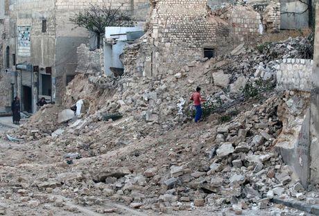 Hinh anh doi khat, thieu thon va tuyet vong o vung chien su Aleppo - Anh 6