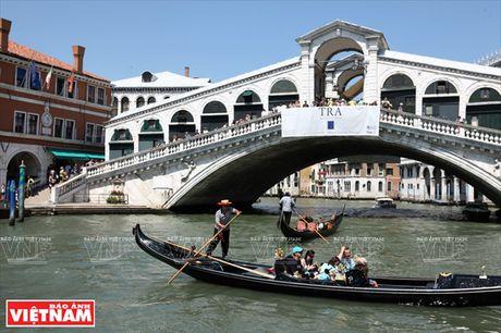 Chiem nguong ve dep lang man, co kinh va doc dao o Venice - Anh 11