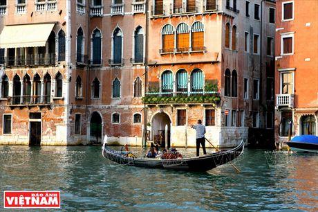 Chiem nguong ve dep lang man, co kinh va doc dao o Venice - Anh 14