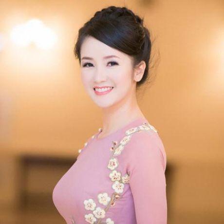 Nghe si uu tu Quang Ly dot ngot qua doi - Anh 2