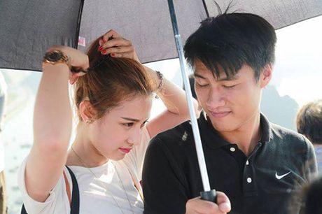 Mac Hong Quan chua 'di qua gioi han' voi Tay thi ngu gat - Anh 2