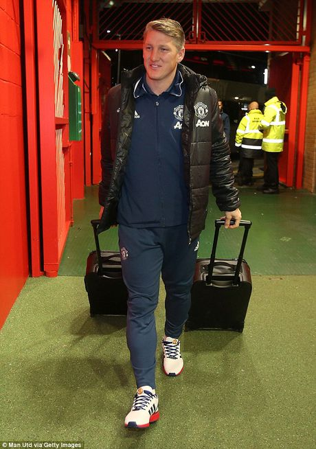 Schweinsteiger tai xuat Quy do, Old Trafford chao don nong am - Anh 2