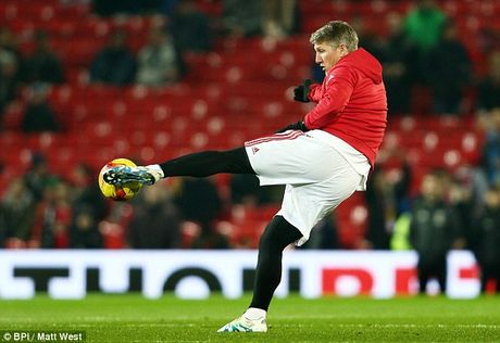 Schweinsteiger tai xuat Quy do, Old Trafford chao don nong am - Anh 4
