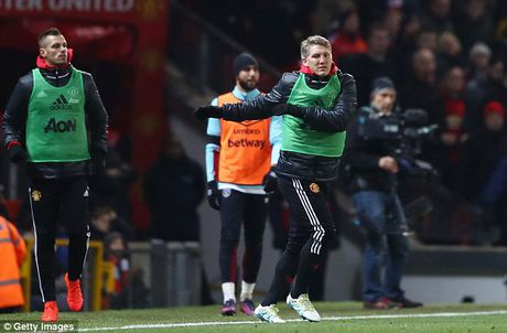 Schweinsteiger tai xuat Quy do, Old Trafford chao don nong am - Anh 6