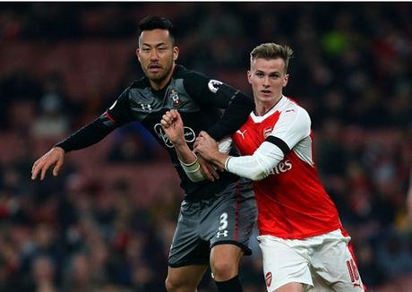 Som mat the tran truoc Southampton, Arsenal cui chao cup Lien Doan - Anh 2