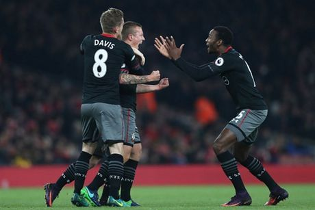 Som mat the tran truoc Southampton, Arsenal cui chao cup Lien Doan - Anh 5
