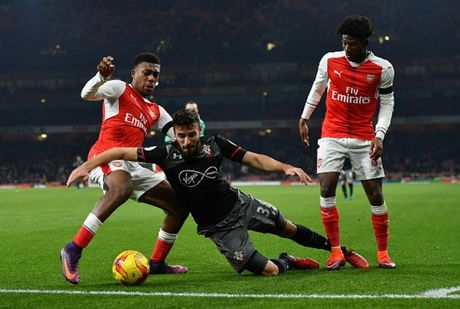 Som mat the tran truoc Southampton, Arsenal cui chao cup Lien Doan - Anh 7