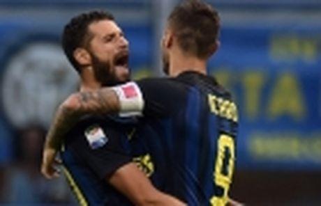 Luca Toni lay chung chi hanh nghe, chuan bi gia nhap FIGC - Anh 3