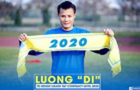 Moses Oloya tro lai V-League nhung khoac ao Ha Noi T&T - Anh 3