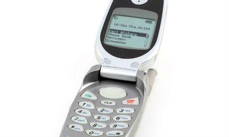 Bat ngo iPhone nap gap, man hinh cong sap ra mat - Anh 1