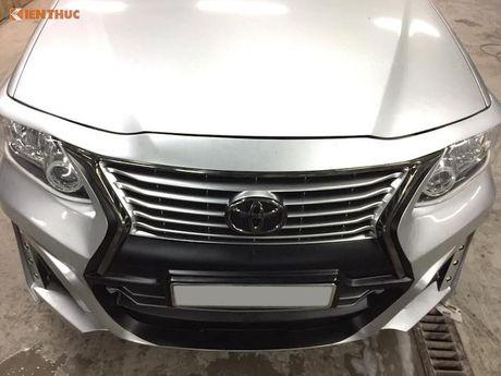 Toyota Fortuner doi cu 'lot xac' thanh Lexus LX570 sieu sang - Anh 3