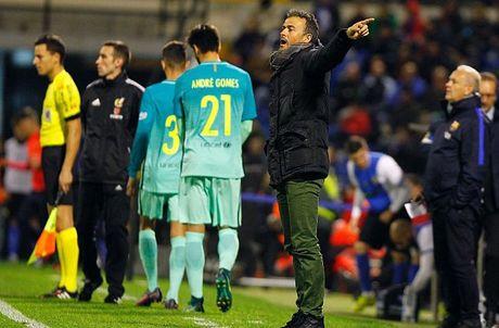 Barcelona gay that vong, con trai Zidane gop cong trong tran dai thang cua Real - Anh 1