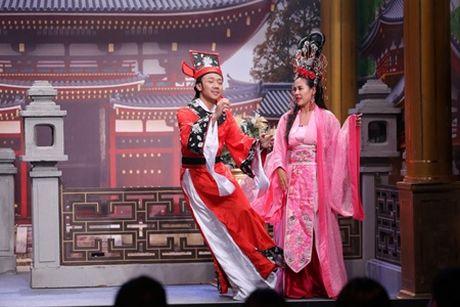 Hoai Linh lan dau tho lo dieu chua noi voi Tran Thanh - Anh 2