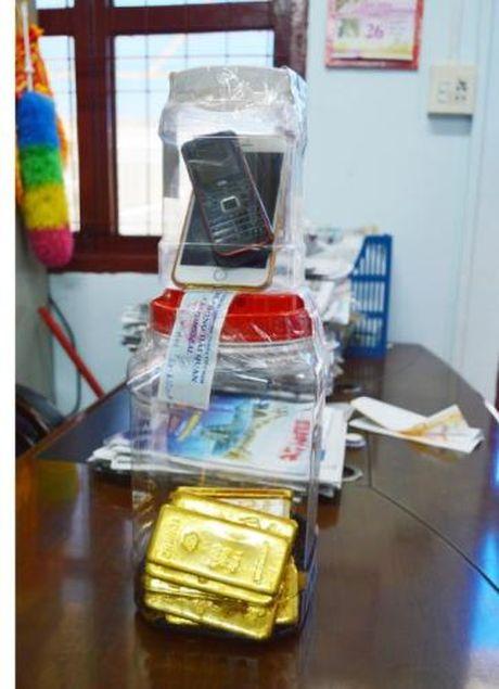 Hanh trinh truy duoi chiec xe van chuyen 18 kg vang - Anh 1