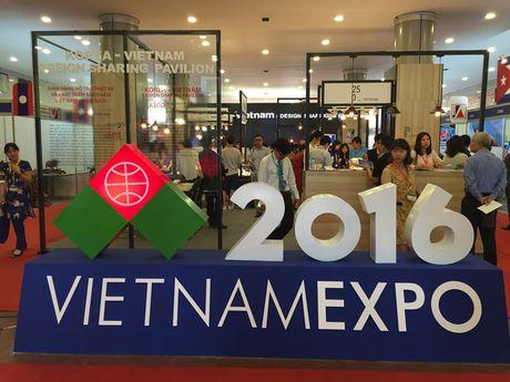 Hon 500 doanh nghiep tham gia Hoi cho Thuong mai quoc te Viet Nam - Anh 1
