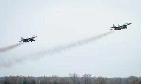 Ukraine choc gian Nga - Anh 1