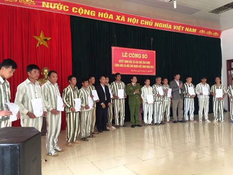 Trai giam Na Tau cong bo quyet dinh dac xa cho 16 pham nhan - Anh 1