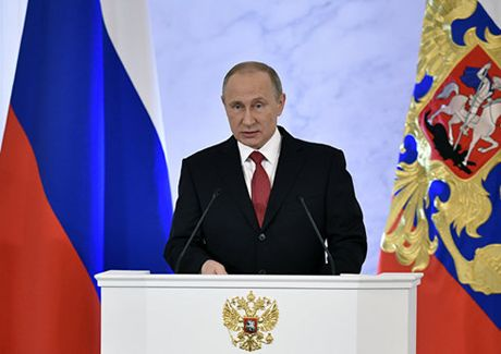 Dieu dac biet TT Putin tuyen bo trong Thong diep lien bang 2016 - Anh 1
