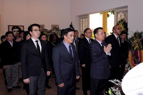 Bo Tai chinh Viet Nam vieng lanh tu Cuba Fidel Castro Ruz - Anh 1