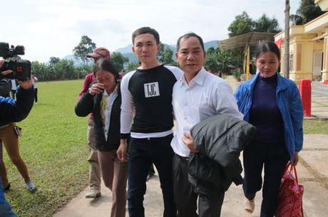 Trai giam Hong Ca ron rang trong ngay dac xa - Anh 6