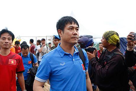DTVN: Huu Thang lam 100 phong vien o Indonesia bat ngo - Anh 11
